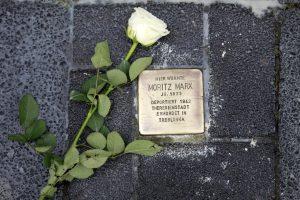 Gegen das Vergessen: Gedenken an die Opfer der Reichspogromnacht @ Am Schulhof Gymnasium Schwertstraße, an der ehemaligen Synagoge